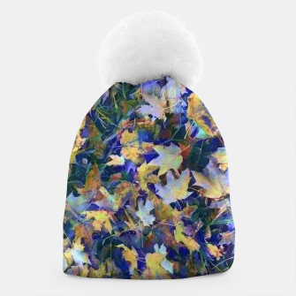Miniatur Late Fall leaves In Blue Beanie, Live Heroes