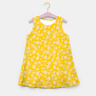 Miniatur Festive Yellow Aspen Gold and White Christmas Holiday Snowflakes Girl's summer dress, Live Heroes