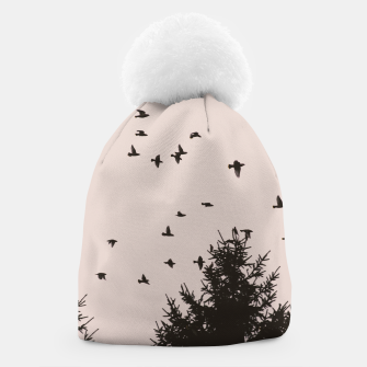 Miniatur Flying birds and pine trees Beanie, Live Heroes