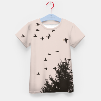 Miniatur Flying birds and pine trees Kid's t-shirt, Live Heroes