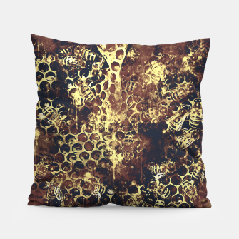 Imagen en miniatura de gxp bees fill honeycombs in hive splatter watercolor old brown Pillow, Live Heroes