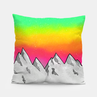 Miniatur Mountain Scene Pillow, Live Heroes