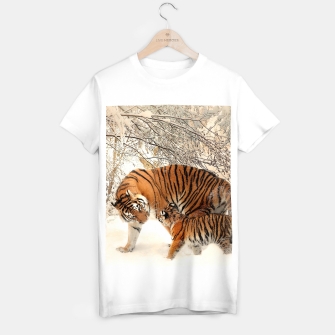 Thumbnail image of Animals Big Cats - Tiger In The Snow  T-shirt regular, Live Heroes