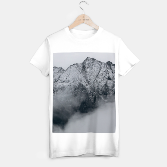 Winter Is Here - Misty Black Rocks T-shirt regular Bild der Miniatur