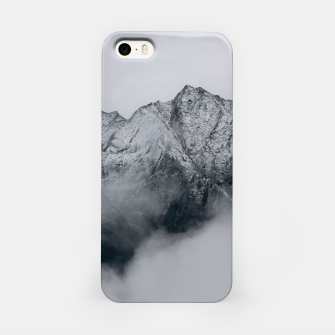 Winter Is Here - Misty Black Rocks iPhone Case Bild der Miniatur