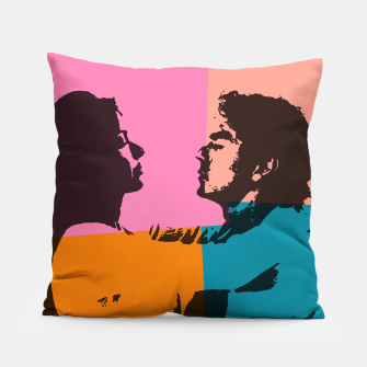Miniature de image de  Street art love Pillow, Live Heroes