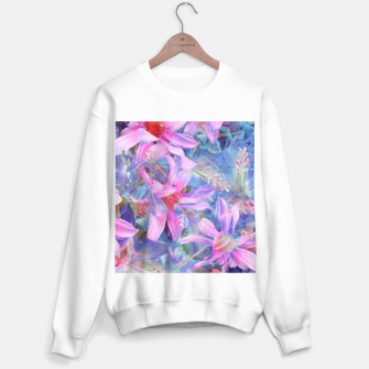Thumbnail image of blooming pink and blue daisy flower abstract background Sweater regular, Live Heroes