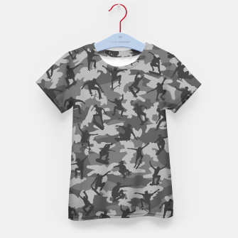 Thumbnail image of Skater Camo B&W skateboarding graffiti camouflage pattern for skateboarder boys and girls Kid's t-shirt, Live Heroes