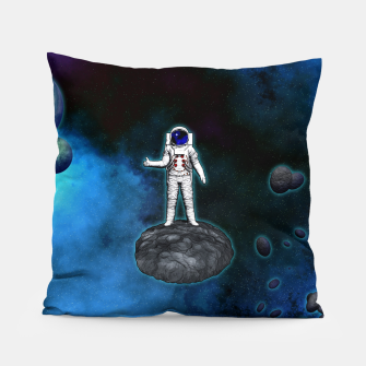 Thumbnail image of Cosmic Hitchhiker Astronaut Illustration Kissen, Live Heroes