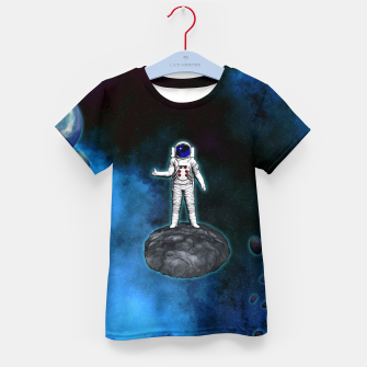 Thumbnail image of Cosmic Hitchhiker Astronaut Illustration T-Shirt für kinder, Live Heroes