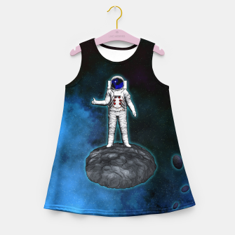 Thumbnail image of Cosmic Hitchhiker Astronaut Illustration Mädchen-Sommerkleid, Live Heroes