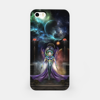 Miniaturka The Elegance Of Trilia Fractal Portrait iPhone Case, Live Heroes