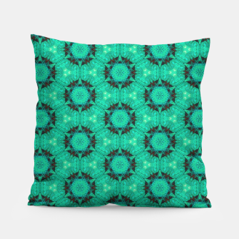 Miniature de image de Mint Hexagons and Stars Pillow, Live Heroes