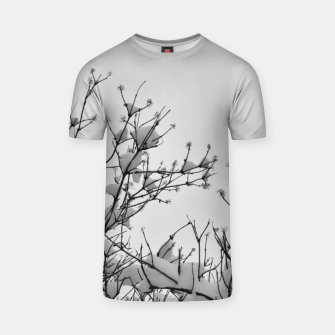 Miniaturka Snow on branches T-shirt, Live Heroes