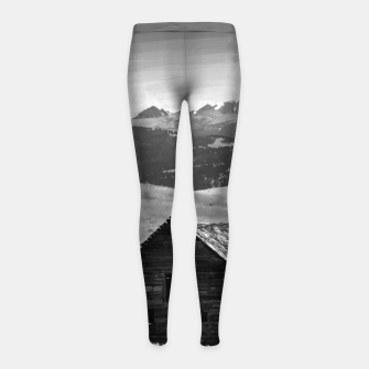 Miniaturka old wooden barn landscape digital oil painting akvop bw Girl's leggings, Live Heroes