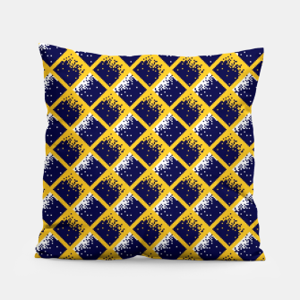 Thumbnail image of Burenruzie Kerkrade Nigel Geerlings Trui Pillow, Live Heroes