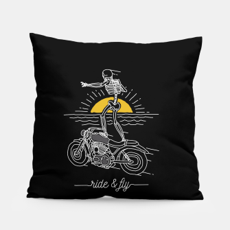 Miniatur Ride and Fly Pillow, Live Heroes