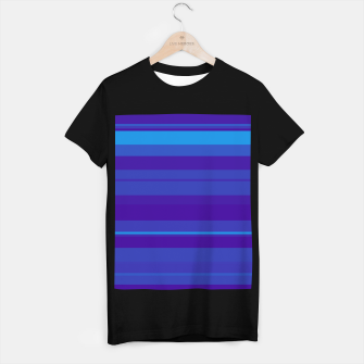 Thumbnail image of minimalistic horizontal stripes pattern gmbti T-shirt regular, Live Heroes