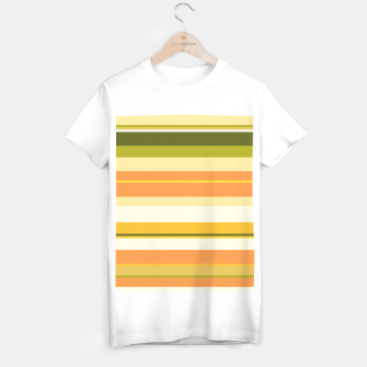 Thumbnail image of minimalistic horizontal stripes pattern w81 T-shirt regular, Live Heroes