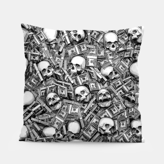Miniatur Root Of All Evil Pillow, Live Heroes