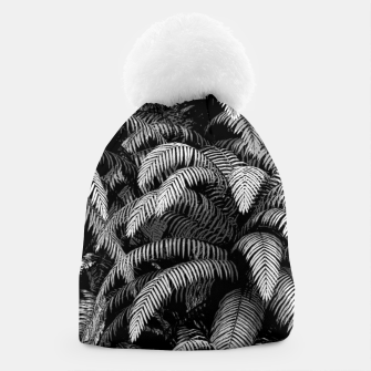 This World Is A Jungle Beanie Bild der Miniatur