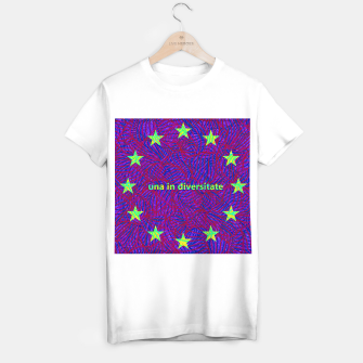 Thumbnail image of una in diversitate T-shirt regular, Live Heroes