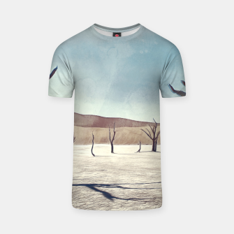 deadvlei desert trees acrfn T-shirt miniature