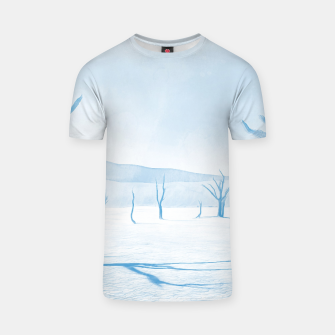 deadvlei desert trees acrwb T-shirt miniature