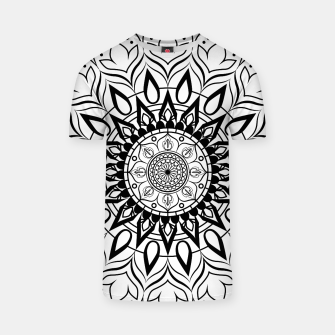 Miniaturka Black and White Mandala II T-shirt, Live Heroes