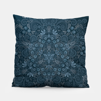 Miniature de image de Blueberry Field Watercolor Pattern Pillow, Live Heroes