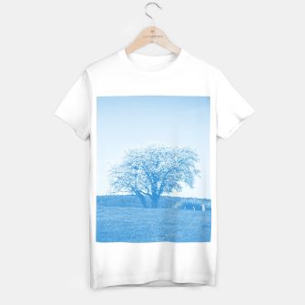 Thumbnail image of the lonely tree wb T-shirt regular, Live Heroes