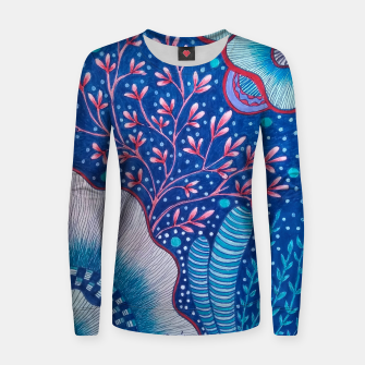 Thumbnail image of Camiseta floral, Live Heroes