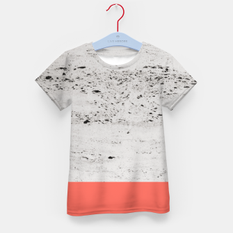 Living Coral on Concrete #1 #decor #art T-Shirt für kinder obraz miniatury