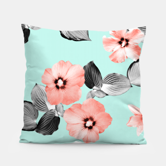 Thumbnail image of Living Coral Floral Dream #3 #flower #pattern #decor #art Kissen, Live Heroes