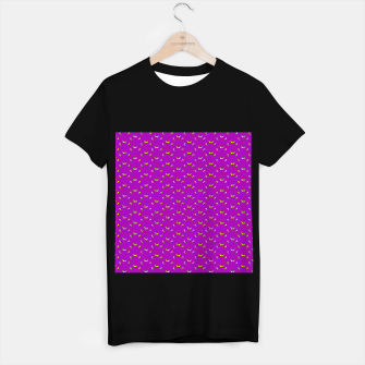 Thumbnail image of small simple geometric pattern rb T-shirt regular, Live Heroes