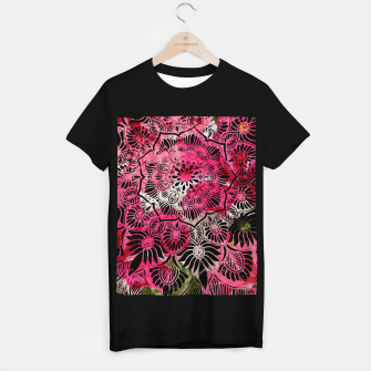 Miniaturka Mandala and Peonies T-shirt regular, Live Heroes