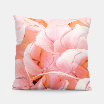 Miniaturka Blushing Pillow, Live Heroes