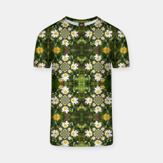 Miniature de image de Magic Field Summer Grass - Chamomile Flower with Bug - Polarity #1 T-shirt, Live Heroes