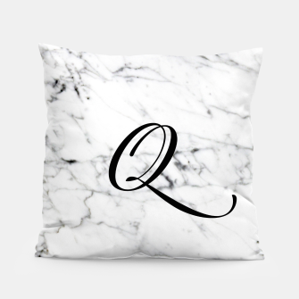 Miniaturka Abstract natural marble texture and alphabet Q Pillow, Live Heroes
