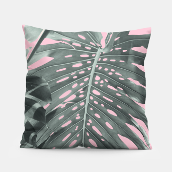Thumbnail image of Monstera Finesse #1 #tropical #decor #art Kissen, Live Heroes