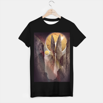 Thumbnail image of The tall dark towers T-shirt regular, Live Heroes