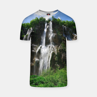 veliki slap waterfall 2 plitvice lakes national park croatia std T-shirt thumbnail image