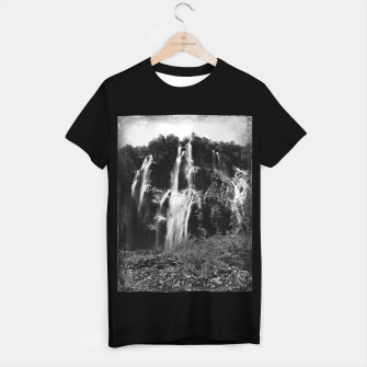 Miniaturka veliki slap waterfall 2 plitvice lakes national park croatia bw vintage T-shirt regular, Live Heroes