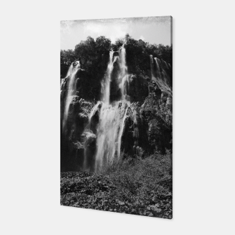 Miniaturka veliki slap waterfall 2 plitvice lakes national park croatia bw vintage Canvas, Live Heroes