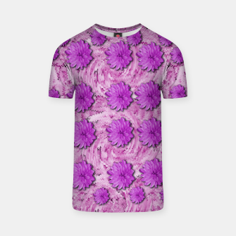 Miniatur flowers and decorative floral petals T-shirt, Live Heroes