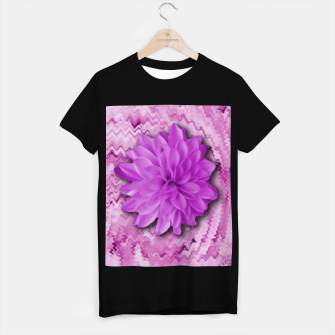 Miniatur flowers and decorative floral petals T-shirt regular, Live Heroes