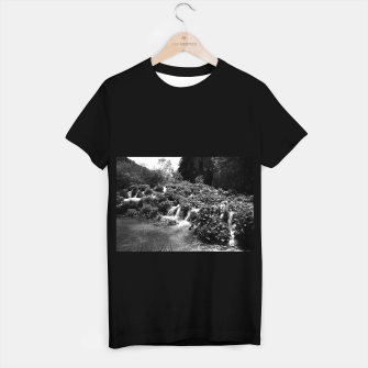cascades at plitvice lakes national park croatia bw T-shirt regular thumbnail image