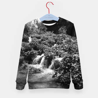 Thumbnail image of cascades at plitvice lakes national park croatia bw Kid's sweater, Live Heroes