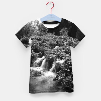Thumbnail image of cascades at plitvice lakes national park croatia bw Kid's t-shirt, Live Heroes