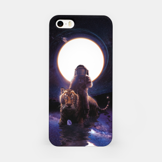Imagen en miniatura de Hunter iPhone Case, Live Heroes